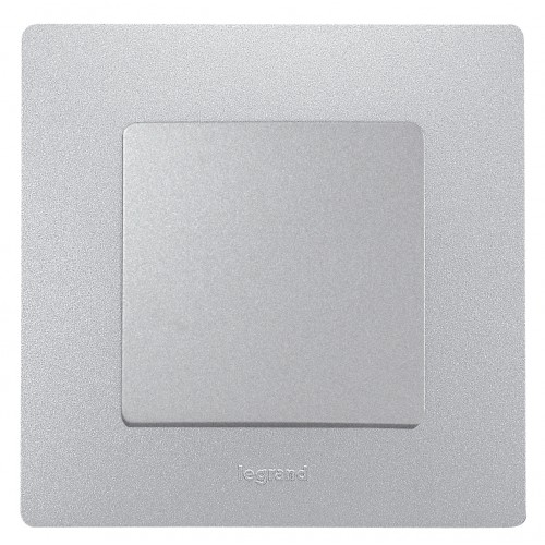 Выключатель 1-кл алюминий Legrand Etika (672401)