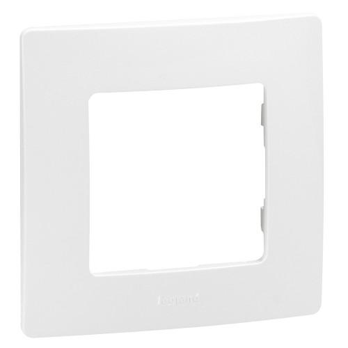 Рамка 1 пост белая Legrand Etika (672501)