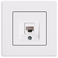 Розетка компьютерная (без рамки) белая