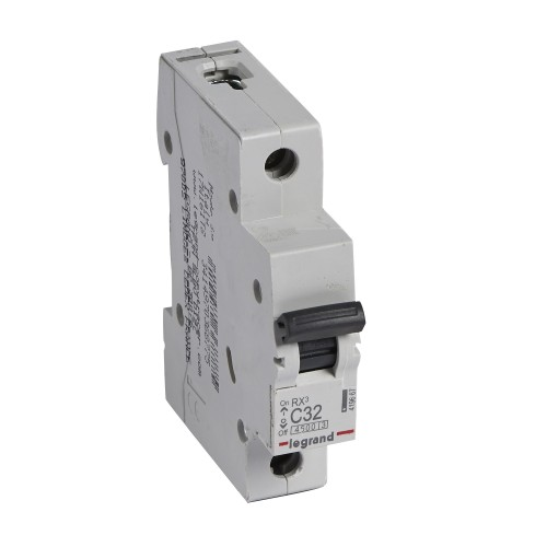 Автоматический выключатель 1P 32A хар-ка C 4,5kA  Legrand RX3 (419667)
