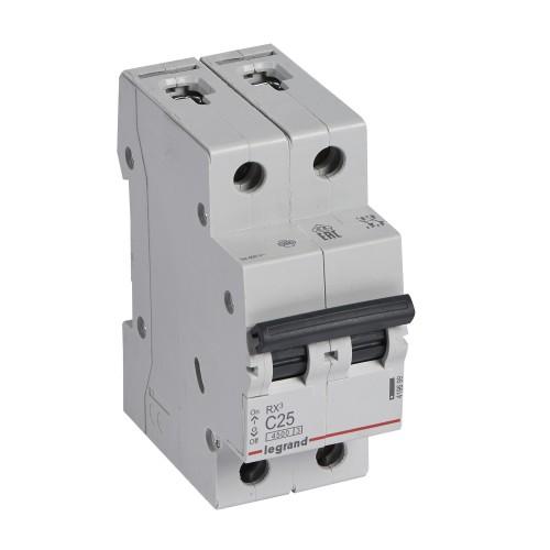 Автоматический выключатель 2P 25A хар-ка C 4,5kA Legrand RX3 (419699)