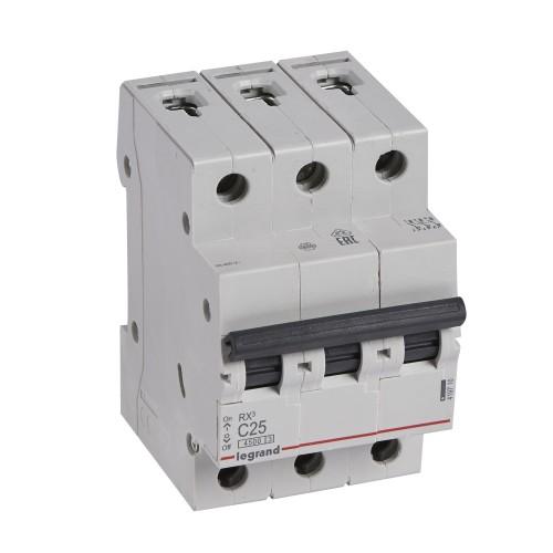 Автоматический выключатель 3P 25A хар-ка C 4,5kA Legrand RX3 (419710)