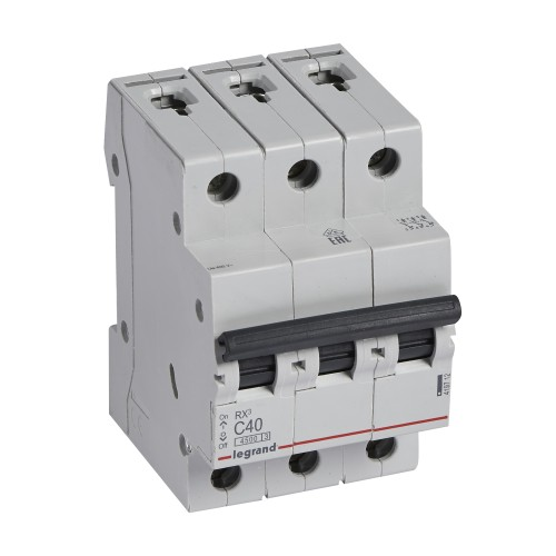Автоматический выключатель 3P 40A хар-ка C 4,5kA Legrand RX3 (419712)