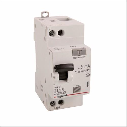 Дифференциальный автомат электронный 1P+N 16A хар-ка C 6kA 30mA тип AC Legrand RX3 (419399)