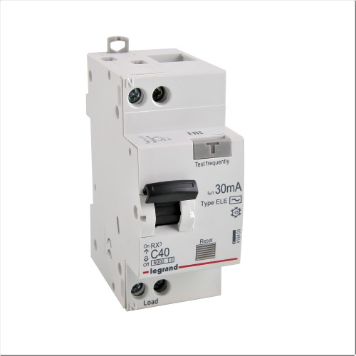 Дифференциальный автомат электронный 1P+N 40A хар-ка C 6kA 30mA тип AC Legrand RX3 (419403)