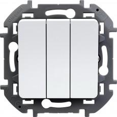 Выключатель трехклавишный 10 AX 250 В~ белый