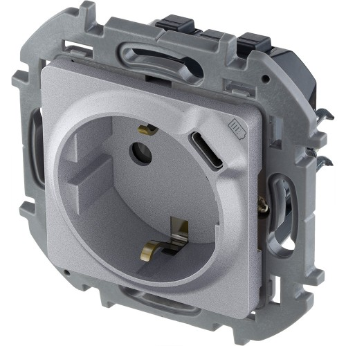 Розетка 2К+З немецкий стандарт 16А 250В со встроенным зарядным устройством USB C 1.5А 5В алюминий Legrand Inspiria (673772)