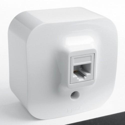 Розетка компьютерная белая наружная Legrand Quteo (782224)